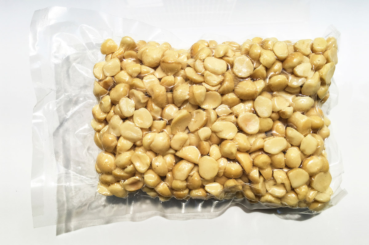 Macadamia Nuts Vacuum Packed